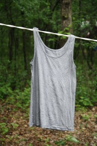 Tank top hanging on the no pins camping clothesline