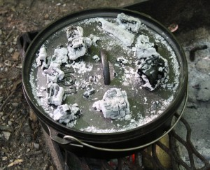 12 inch Lodge Cast Iron Dutch Oven